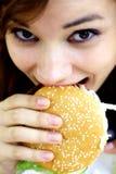 bitting hamburgare royaltyfri fotografi