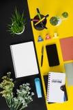Biura i szkoły materiały i biurowe dostawy zdjęcie royalty free