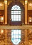 biurka lobby marmuru ochrona obraz stock