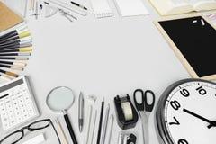 biurko z materiały dostawami, odgórny widok fotografia stock