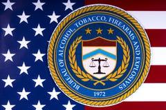 Biuro alkohol, tytoń, bronie palne i środki wybuchowi, obraz royalty free