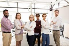 biuro biznesowa szczęśliwa drużyna fotografia stock