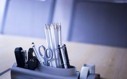 Biurowi pokojów konferencyjnych ołówki Obrazy Royalty Free