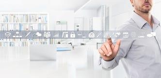 Biurowy biznesowy pracy pojęcie, ręka dotyka ekranu ikony obrazy royalty free