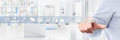 Biurowy biznesowy pracy pojęcie, ręka dotyka ekranu ikony, sieci banne Zdjęcia Stock