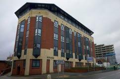 Biurowy blok Nawracał w mieszkania w Bracknell, Anglia Obrazy Royalty Free