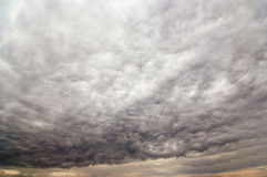 Bizarre rainy clouds Royalty Free Stock Photography
