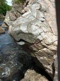 Bizarre rotsvormingen, Randolphs-Sprong, Findhorn-Rivier, Schotland, het UK Royalty-vrije Stock Afbeelding