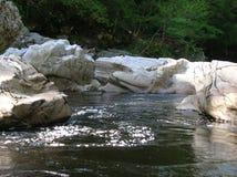 Bizarre rotsvormingen, Randolphs-Sprong, Findhorn-Rivier, Schotland, het UK Royalty-vrije Stock Fotografie