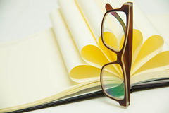 Biznesów przedmiotów papiery szkła Zdjęcie Stock
