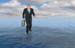 Biznes, biznesmena spaceru woda, sukces Obrazy Stock