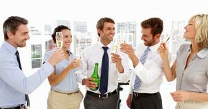Biznes drużynowa odświętność z szampanem zbiory