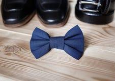 Biznesmenów akcesoria Mężczyzna ` s styl Mężczyzna ` s akcesoria: Mężczyzna ` s motyl, mężczyzna ` s buty, mężczyzna ` s zegarki Fotografia Stock