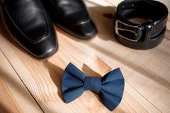 Biznesmenów akcesoria Mężczyzna ` s styl Mężczyzna ` s akcesoria: Mężczyzna ` s motyl, mężczyzna ` s buty, mężczyzna ` s zegarki Obraz Stock