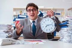 Biznesmenów brakujący ostateczni terminy należni przesadna praca Obraz Royalty Free