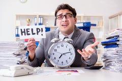 Biznesmenów brakujący ostateczni terminy należni przesadna praca Zdjęcia Royalty Free