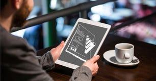 Biznesmen analizuje wykresy na cyfrowej pastylce przy stołem ilustracja wektor
