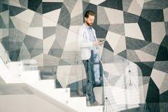 Biznesmen bierze schodki zdjęcie royalty free