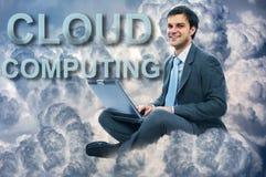 Biznesmen chmury obliczać obrazy stock