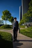 Biznesmen jest ubranym rzeczywistość wirtualna szkła Zdjęcie Stock