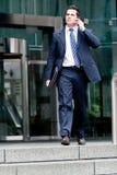 Biznesmen na telefonie Zdjęcia Stock