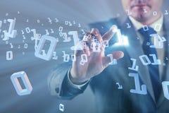 Biznesmen naciska binarnych guziki w techniki pojęciu Obrazy Stock