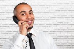 biznesmen opowiada na kabla naziemnego telefonie obrazy royalty free