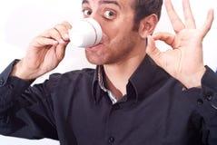 Biznesmen pije kawę zdjęcia royalty free