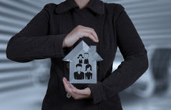 Biznesmen ręka trzyma 3d dom Obrazy Stock