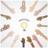 Biznesmen ręki symbol z doodle żarówki znakiem Zdjęcia Stock