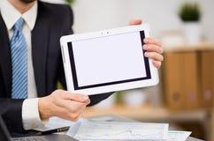Biznesmen ręki trzymają dotyka ekran fotografia stock