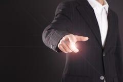 Biznesmen ręki macania pusty wirtualny ekran Obraz Royalty Free