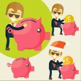 Biznesmen ratuje pieniądze w prosiątko banku Zdjęcia Royalty Free