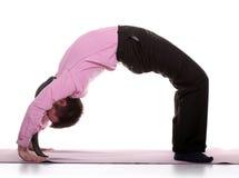 biznesmen robi joga zdjęcie stock