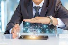 Biznesmen rozwija nowatorskiego mechanizm w interneta handlu zdjęcie stock