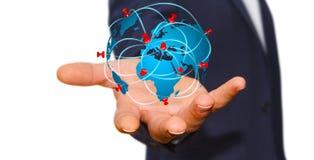 Biznesmen trzyma cyfrową światową mapę w jego ręki ilustracja wektor