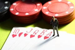 Biznesmen uprawia hazard F Obrazy Stock