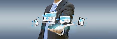 Biznesmen w jego biurze używać dotykowego interfejs Fotografia Stock
