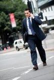 Biznesmen w mieście Zdjęcia Stock