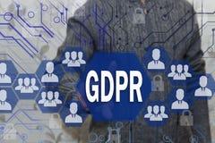 Biznesmen wybiera GDPR na dotyka ekranie Ogólnych dane ochrony Przepisowy pojęcie może 25, 2018 Obrazy Royalty Free