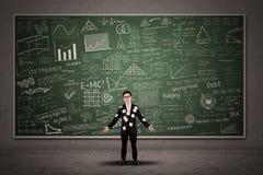 Ruchliwie biznesmen z chalkboard Obraz Stock