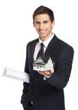 Biznesmen z modela układem i domem Zdjęcie Royalty Free