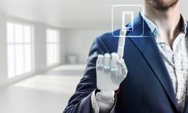 Biznesmen z robot ręką dotyka wirtualną ikonę świadczenia 3 d Zdjęcia Stock
