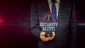 Biznesmen z smartphone i alarm bezpieczeństwa holograma pojęciem ilustracji