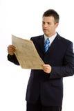 biznesmena czytanie odosobniony gazetowy obraz stock