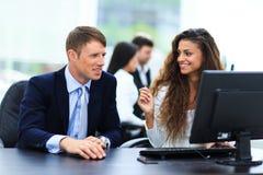 Biznesmena I bizneswomanu spotkanie Zdjęcia Stock