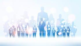 Biznesmena lider zespołu pozycja od za biznesmen grupy tłumu biznesowego mężczyzny szefa przywódctwo pojęcia mieszkaniu ilustracja wektor