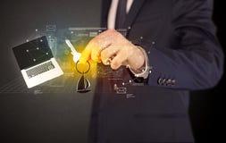 Biznesmena mienia klucze z wykresami wokoło ilustracja wektor