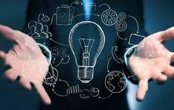 Biznesmena mienia multimedii i lightbulb ręki rysować ikony Zdjęcia Stock