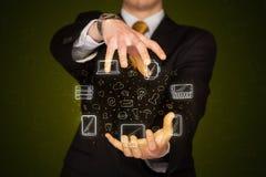 Biznesmena mienia networking ikony Fotografia Royalty Free